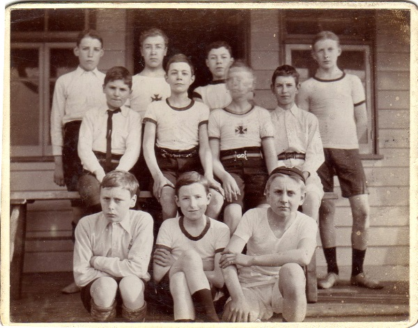 Childhood 23 Harriers 1911
